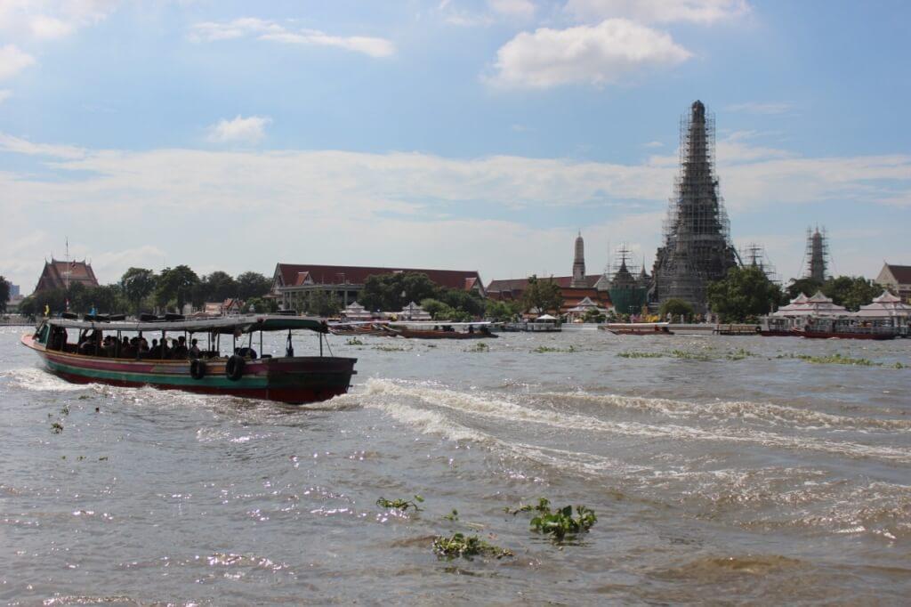 Wat Arun (em reforma)