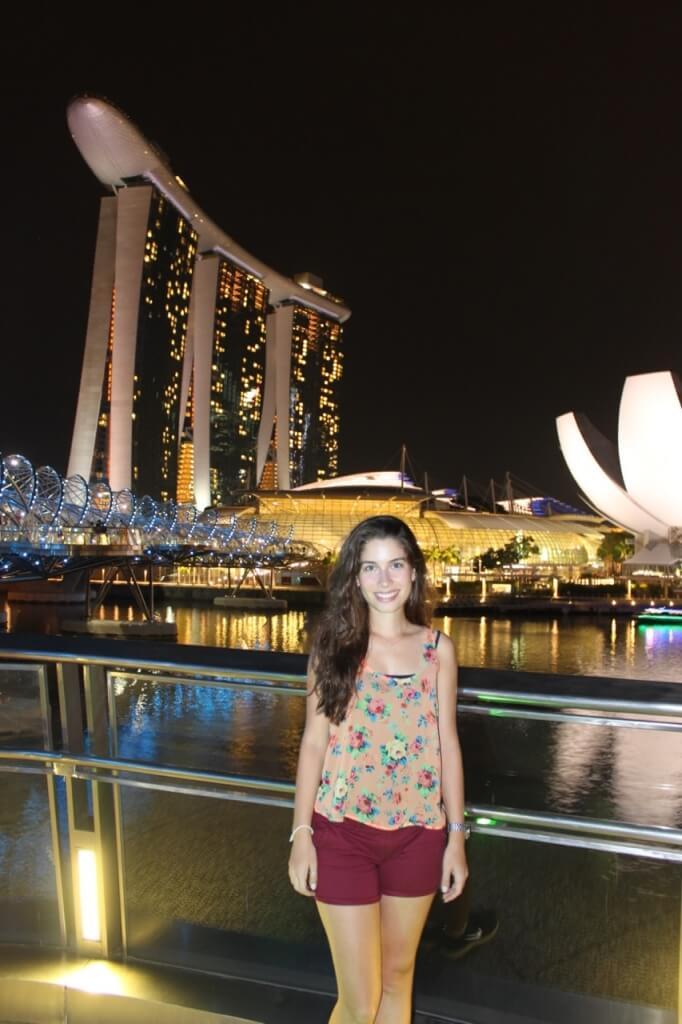 O hotel Marina Bay Sands ao fundo...